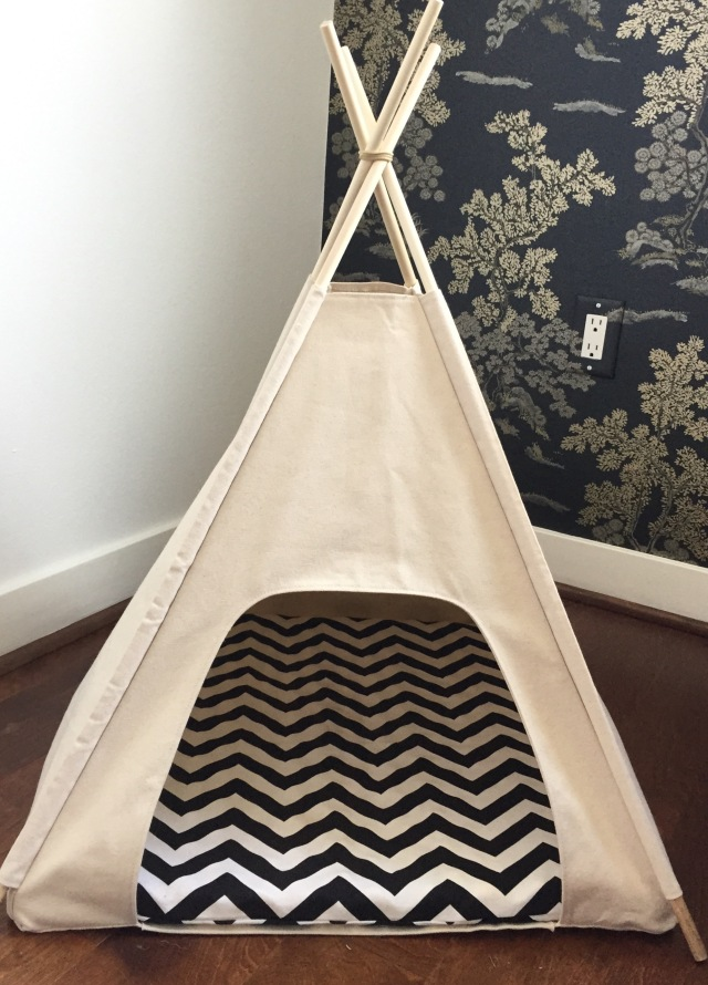 Chevron + Puppy Tee Pee = <3